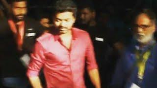 thalapathy mass intro in vikatan awardsvijay in new look thalapathy 62