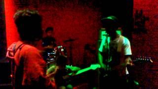 Video Threesixty Skatepunk - Dewi ( Skatepunk ) download MP3, 3GP, MP4, WEBM, AVI, FLV Januari 2018
