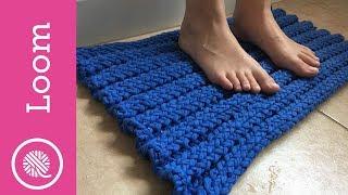How to make a Loom Knit Bathmat - T-Shirt Yarn (CC Closed Captions)