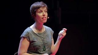 ¿Por qué me vigilan, si no soy nadie? | Marta Peirano | TEDxMadrid