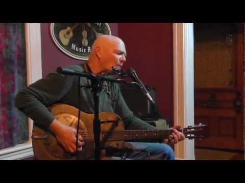 Michael Pickett at Gilmour Street Music Hall - Can't Find My Way Back Home