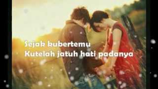 CINTA - Vina Panduwinata (lyrics) MP3