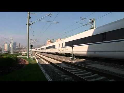 China's new high speed rail link: Fast and furious