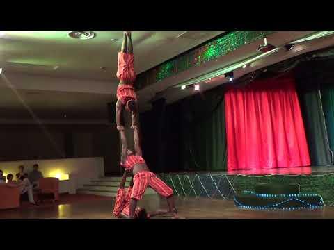African acrobats by Utatu afrika.