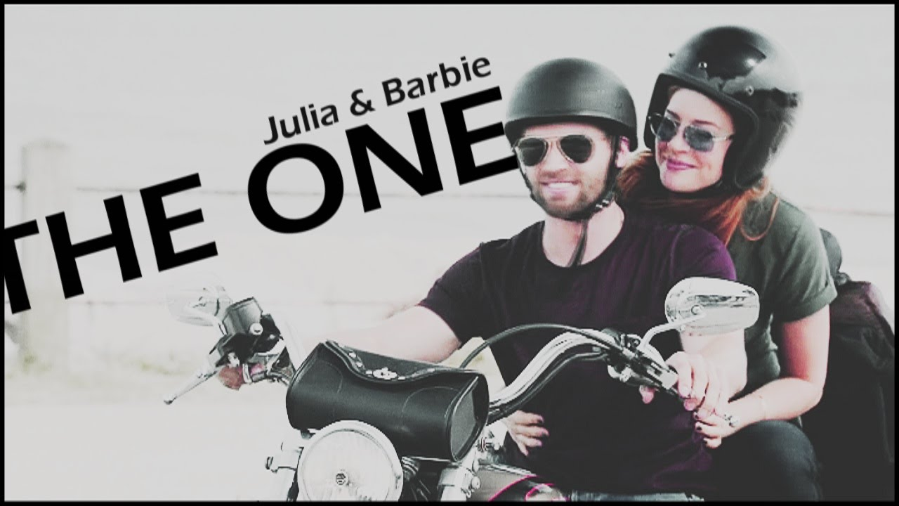 Download Julia & Barbie | The One [+3x13]