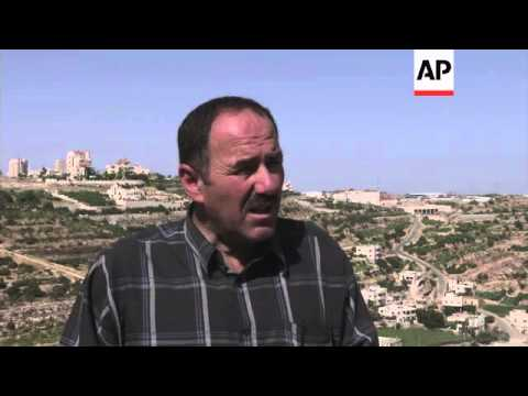 Army continues search for missing teenagers; Netanyahu on airstrikes and peace talks