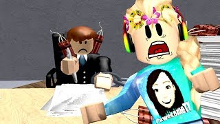 Roblox / ESCAPE THE OFFICE OBBY!! / GamingwithPawesomeTV