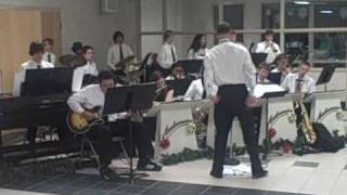 Norfolk Christian Jazz Band Performs Swings