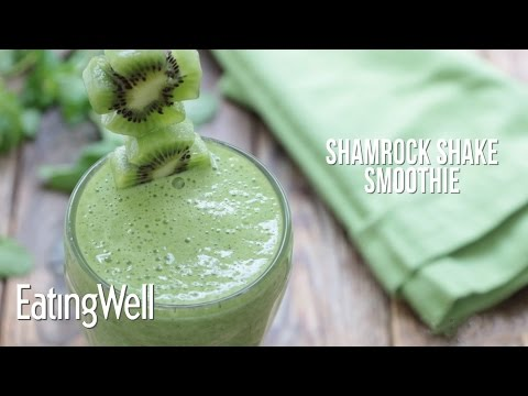 How to Make a Healthy Shamrock Shake Smoothie