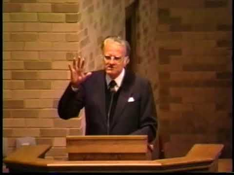 Rev. Billy Graham speaks at Baylor School in Chattanooga, 1991