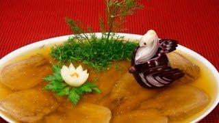 Заливной язык видео рецепт(На странице http://za100le.ru/snacks/jellied-tongue.html Вас ждут подробные фото и ингредиенты этого рецепта., 2012-11-23T09:47:31.000Z)
