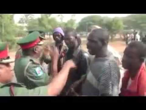 Shiites Protest against Nigerian Army Chief Convoy -Video Footage