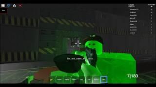 Wie man alle Waffen und Papiere in ROBLOX (Überlebe und töte die Mörder in Bereich 51)