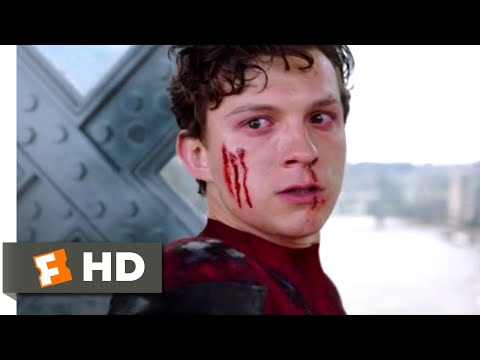 Spider-Man: Far From Home (2019) - Spider-Man Vs. Mysterio Scene (9/10) | Movieclips