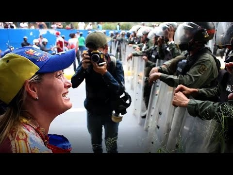 Riots in Venezuela - My life under Maduro (Documentary)