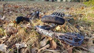 Охота с луком на селезня при помощи подсадной утки.