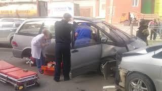 Травмированы два человека в тройном ДТП в Бердске