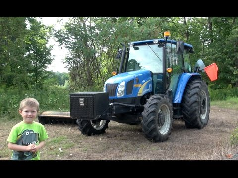THE TRACTOR TRACKER