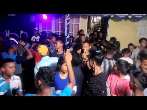 Banda naira bergoyang II