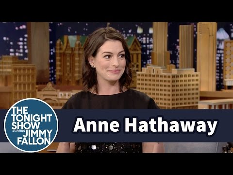 Thumbnail: Anne Hathaway Is Addicted to Fantasy Football