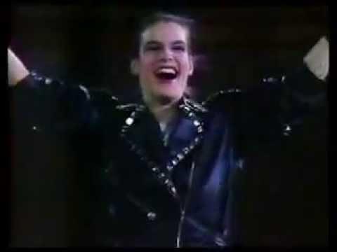 "Katarina Witt performing Michael Jackson ""BAD"" in 1988"