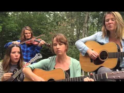 Della Mae - Over and Over