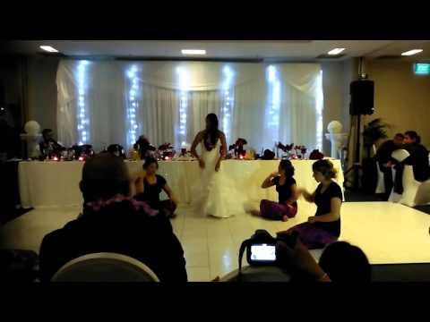 Lesley's Wedding - Jess doing Samoan Dancing