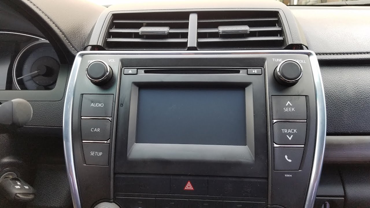 How to Remove Radio /Touch Screen / CD Player from Toyta Camry 2015 for  Repair
