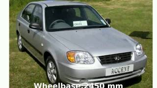 2004 Hyundai Accent Features and Specs