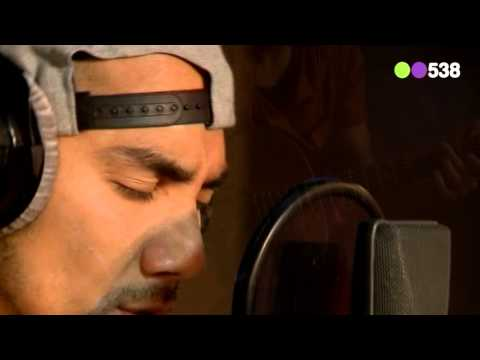 Wudstik - Omarm (The voice of Holland 2013)