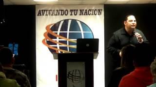 CONFERENCIA DEL PASTOR ROBERTO GOMEZ
