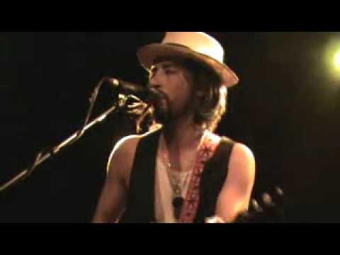 jackie-greene-the-rusty-nail-live-paradise-rock-club-leesconcertfilms