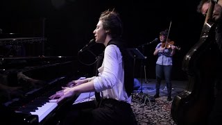 Julia Holter - Sea Calls Me Home | opbmusic Live Sessions
