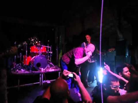 Garotos Podres - Johnny / Belém 12/05/2012