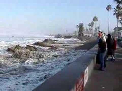 Ocean Beach Pier - High Surf & Monster Wave
