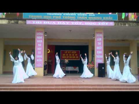 Múa Thần Thoại 11a3 THPT Trần Quang Khải
