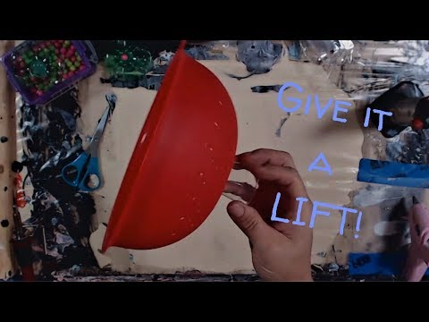 Acrylic Pouring 💜 How to elevate your colander (strainer) for a truly unique fluid art pour! #YT100
