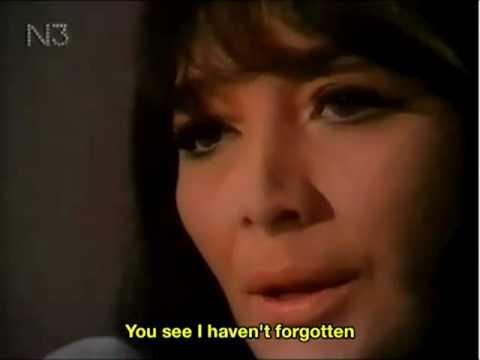 Juliette Greco Les Feuilles Mortes English subtitles