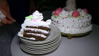 Букет, подвязка, торт, трусы!