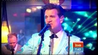 Chris Isaak It 39 s Now Or Never Great Balls Of Fire Sunrise 12-10-2011.mp3