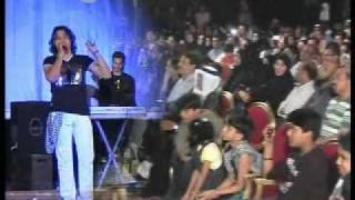 Raja Hasan singing Aaj Mausam Bada Beimaan Hai