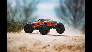 ARRMA 1/8 OUTCAST 6S Stunt Truck 4WD RTR Orange Video