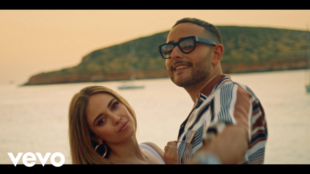 Download Ana Mena, Rocco Hunt - A Un Paso De La Luna (Official Video)