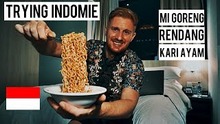 TRYING INDOMIE (MI GORENG/RENDANG/KARI AYAM)