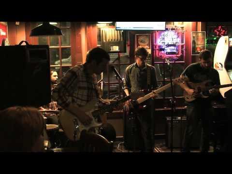 Sunbird, 5/9/2014, Jeanie Johnston Pub