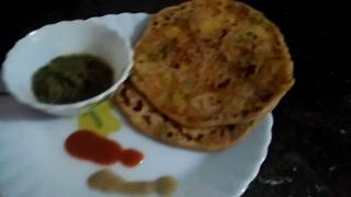 Shwezwani Aloo Parathe / Jhatpat banaye tasty shwezwani Aloo Parathe/ Indian Thali