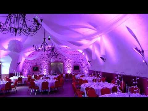 Eclairage d'une salle de mariage au Clos du fort