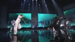 Psy and MC Hammer do Gangnam Style mashup at American Music Awards