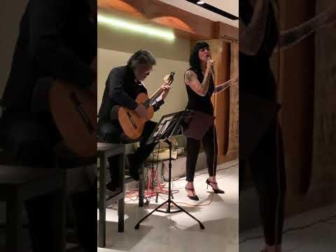 """""""Lo Han Visto Con Otra"""" En La Voz De Ximena Mor Y Alejandro Rodríguez Maciel A La Guitarra"""