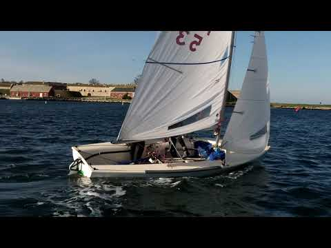 BH Tack Footwork Medium -Mal-Deliberate back foot in early -Newport 7kts (flat) 2017 10 04